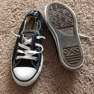 Slip on converse size 2